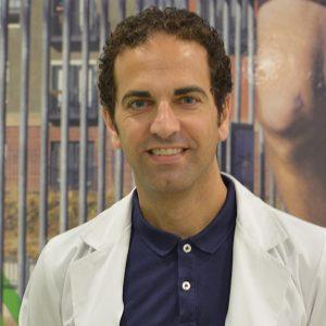 Dr. Mario Ros